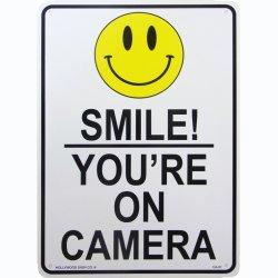 画像1: アメリカン雑貨 看板 プラスチックサインボード Smile! You're On Camera CA-51