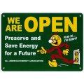 アメリカン雑貨 看板 プラスチックサインボード WE ARE OPEN CA-55