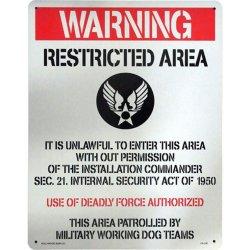 画像1: アメリカン雑貨 看板 プラスチックサインボード(Lサイズ) 駐車禁止 ミリタリー CA-L05